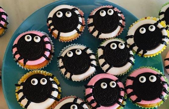 Funny Orio Spider Cupcakes